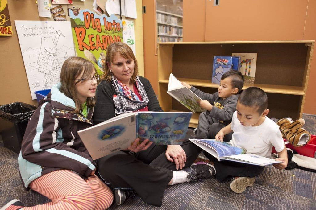 Family Reading Walla Walla 3
